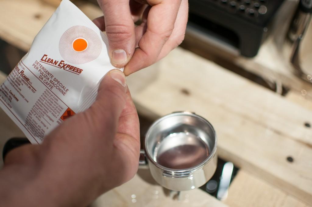 Maschinen-Reinigung-Kaffeefettlöser